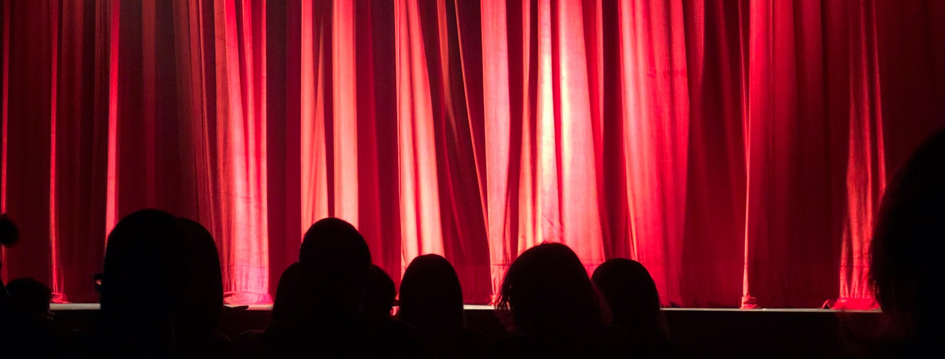 Oktober in theatervoorstellingen